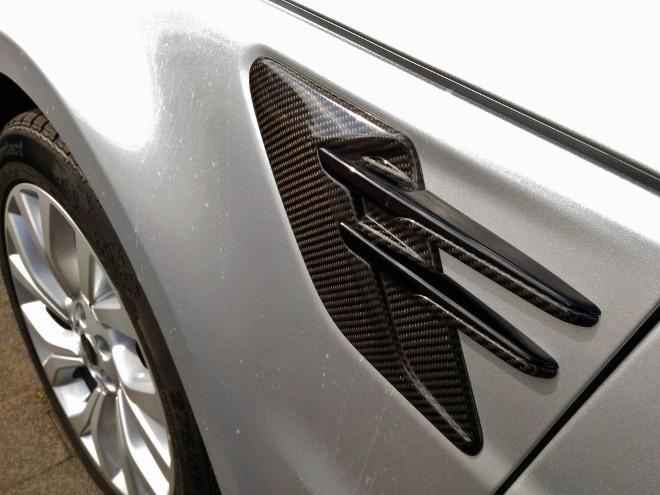 Range Rover Sport P400 Karbonteil seitlich