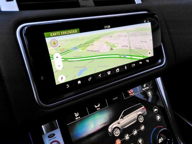 Range Rover Sport P400 Navigation und Bildschirm