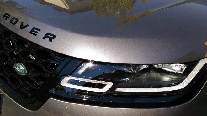 Range Rover Velar Scheinwerfer Grafik