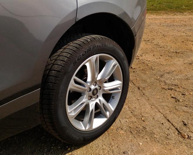 Range Rover Velar Tiefposition der Luftfederung, hoch