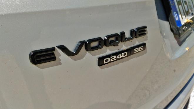 Range Rover Evoque 2 D240 SE im Test: Typenschild