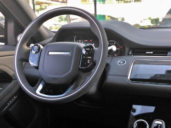Range Rover Evoque 2 Armaturenbrett und Lenkrad