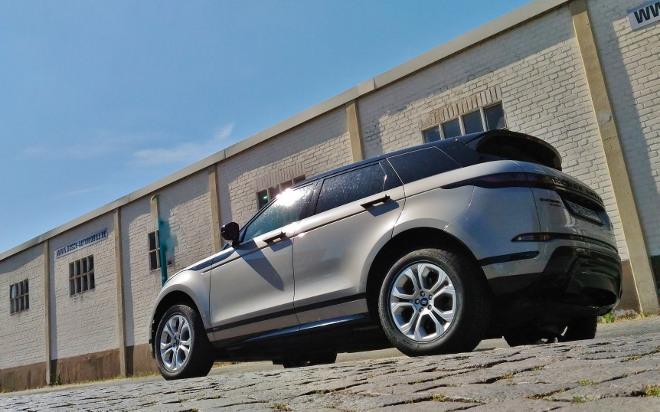 Range Rover Evoque neuer: mit Zweifarblackierung