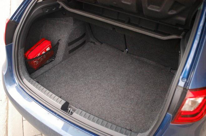seat-st-dreizylinder-kombi-test (6) (660x438)
