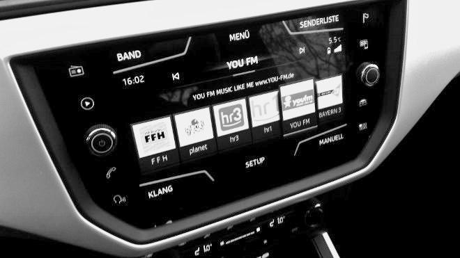 Seat Arona Xcellence Radio Monitor, Bildschirm, Touchscreen