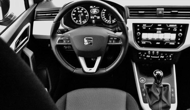 Seat Arona Xcellence Lenkrad und Cockpit