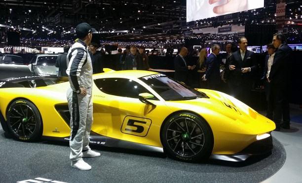 Sportwagen auf der Automesse Genf 2017