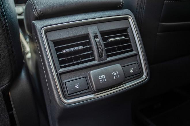 Subaru Forester Hybrid e Boxer Stecker, Sitzheizung hinten