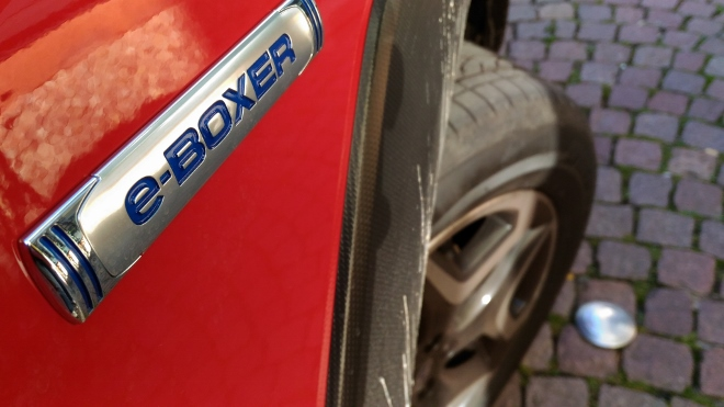 Typenschild Subaru XV Hybrid eBoxer