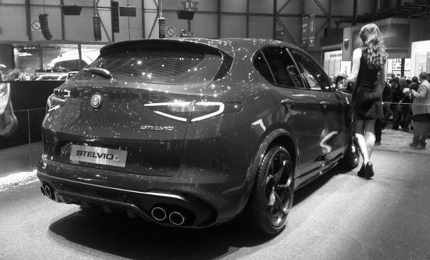 Alfa Romeo Stelvio Genf 2017