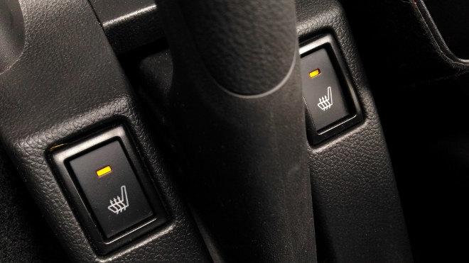 Suzuki Swift Sport 2019 Schalter Sitzheizung