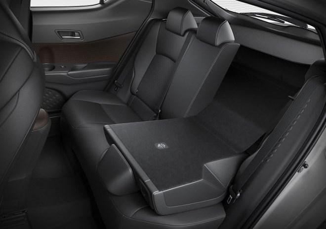 toyota c hr im ersten test auf dem weg zum kultauto seite 3 automobil. Black Bedroom Furniture Sets. Home Design Ideas