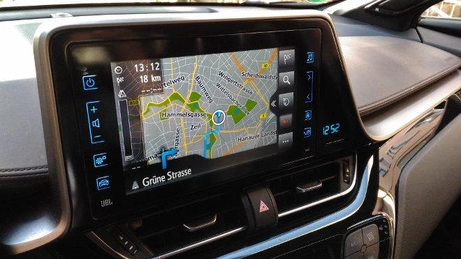 Toyota C-HR Hybrid Monitor