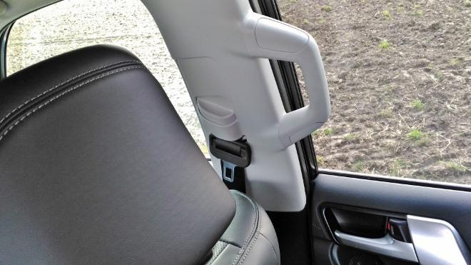 Toyota Land Cruiser Diesel Haltegriff Sitzbank
