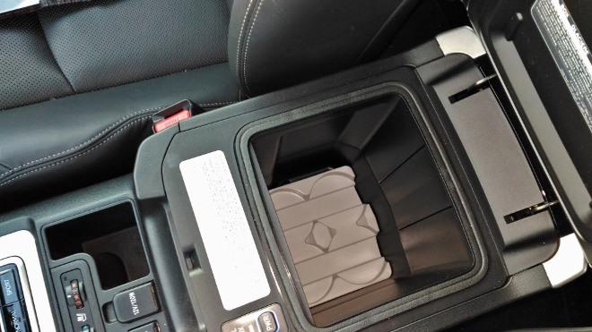 Toyota Land Cruiser Diesel Fach Mittelkonsole