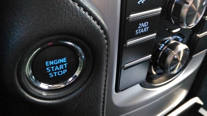Toyota Land Cruiser Diesel Startknopf