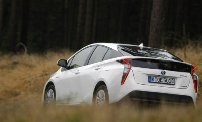 Toyota Prius 4 Test