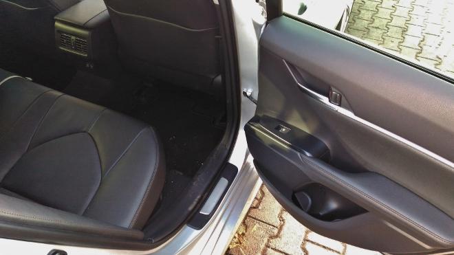 Toyota Camry Hybrid Sitzbank