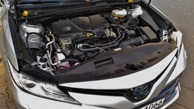 Toyota Camry Hybrid 218 PS Motor