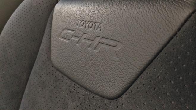 Sitzpolster Toyota C-HR 2.0 Hybrid Facelift