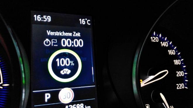 EV Anzeige in Prozent im Toyota C-HR Hybrid 2.0 184 PS Facelift