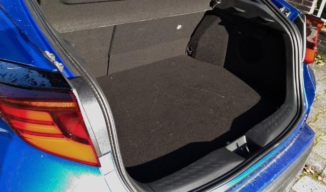 Kofferraum des Toyota C-HR Hybrid 2.0 184 PS Facelift