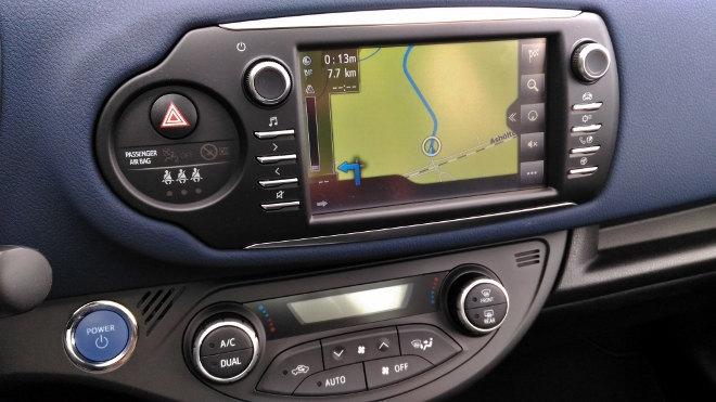 Toyota Yaris Hybrid 2017 Monitor