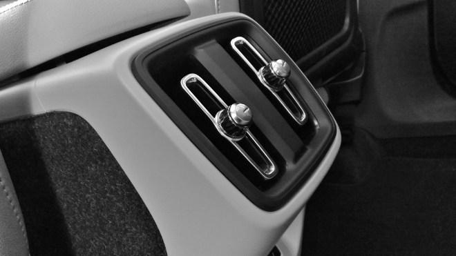 Volvo XC40 Luftsteller