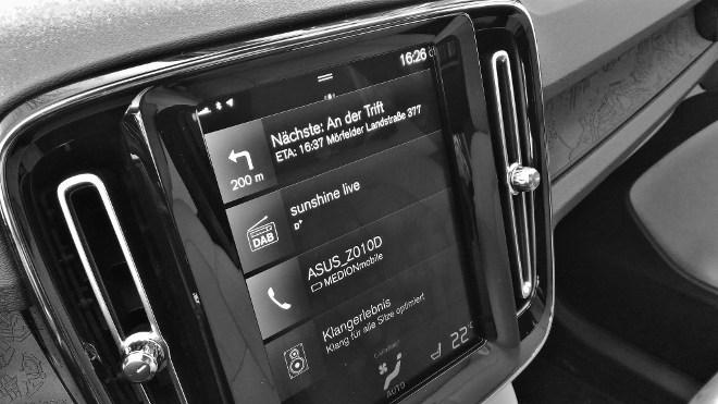 Volvo XC40 Touchscreen aufrecht