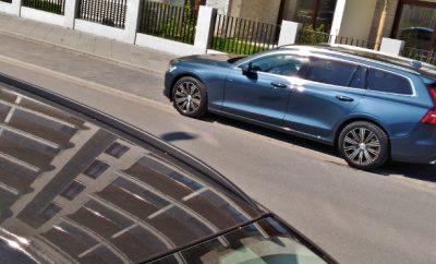 Volvo V60 D4 Kombi, Seitenansicht / Heck
