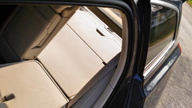 Volvo V60 Kofferraum, Sitzbank umgeklappt und flach gelegt