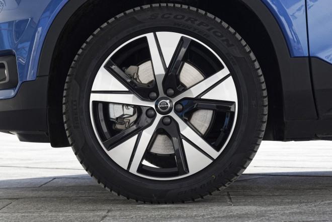 Volvo XC40 Recharge Pure Electric P8 AWD: Volvos Elektro SUV, Felge