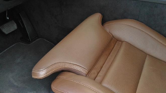 Volvo XC60 B5 mit braunem Leder und Sitzflächenverlängerung
