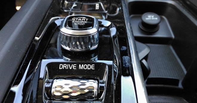 Volvo XC60 B5 Drive Mode Schalter und Startschalter