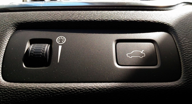 Volvo XC60 B5 Schalter für elektrische Heckklappe