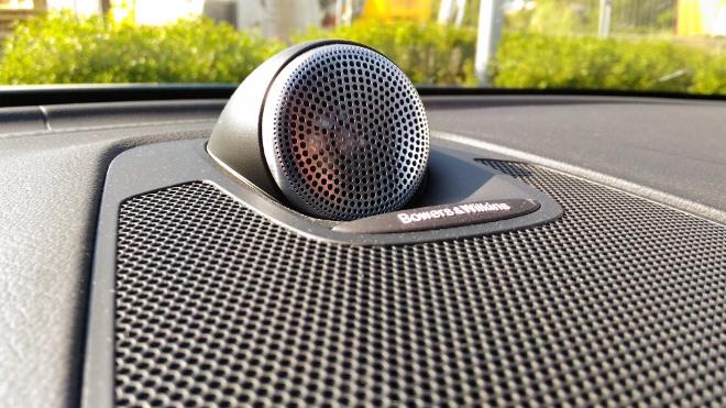 Volvo XC60 B5 Lautsprecher des Soundsystems von Bwers und Wilkins