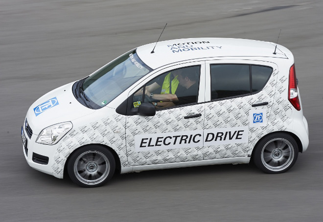 ZF Smart Urban Vehicle Prototyp im Test