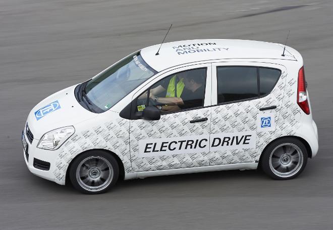ZF Smart Urban Vehicle Prototyp im Test